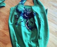 Taška ze starého trička  - návod bez jediného stehu - Tvoříme RECYvěci