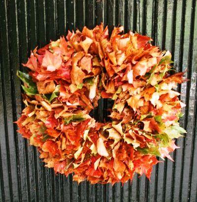 Podzimní věnec z listí